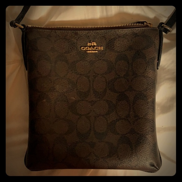 Coach Handbags - Coach Shoulder Purse